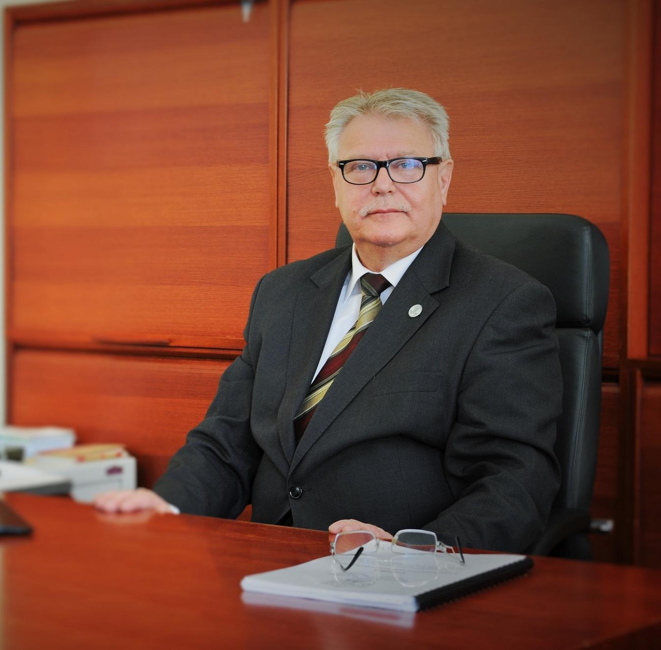 Dyrektor Józef Kiełbasa